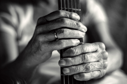 Why you should learn classical guitar