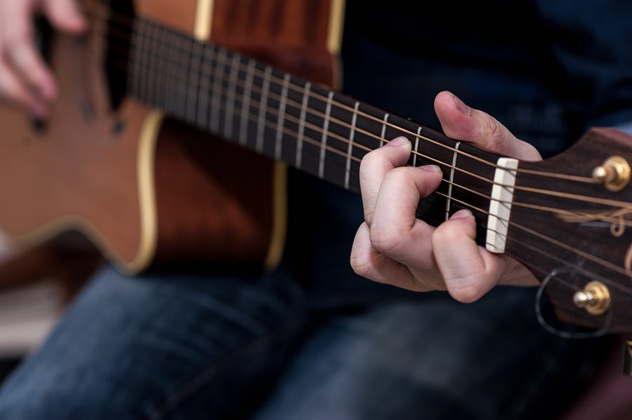 10 Effective Ways To Change Chords Easily Guitarhabits
